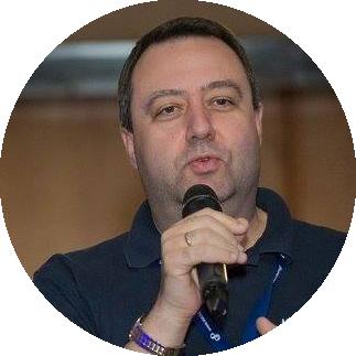 Майк Рам - блогър